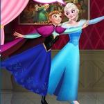 Elsa And Anna Roller Skating
